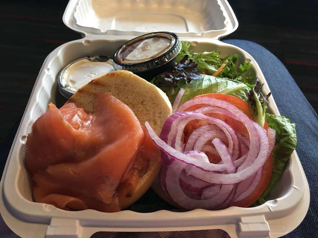 Sorrentine - restaurant  | Photo 4 of 7 | Address: LaGuardia Airport (LGA), Terminal B, East Elmhurst, NY 11371, USA | Phone: (646) 389-5394