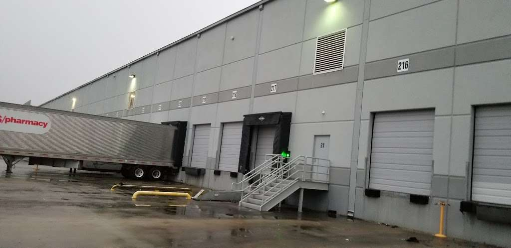 CVS Warehouse Distribution Center - storage  | Photo 3 of 4 | Address: 19802 Imperial Valley Dr, Houston, TX 77073, USA | Phone: (800) 746-7287