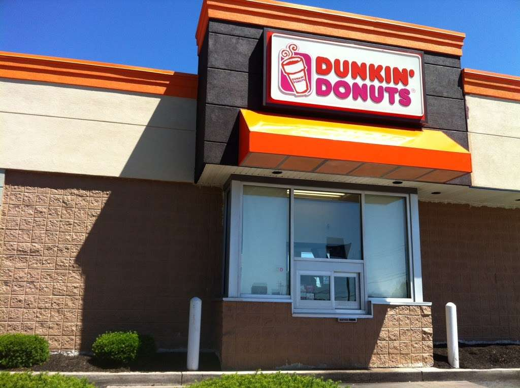 Dunkin - cafe  | Photo 2 of 10 | Address: 1294 Edwin Miller Blvd, Martinsburg, WV 25401, USA | Phone: (304) 264-4164