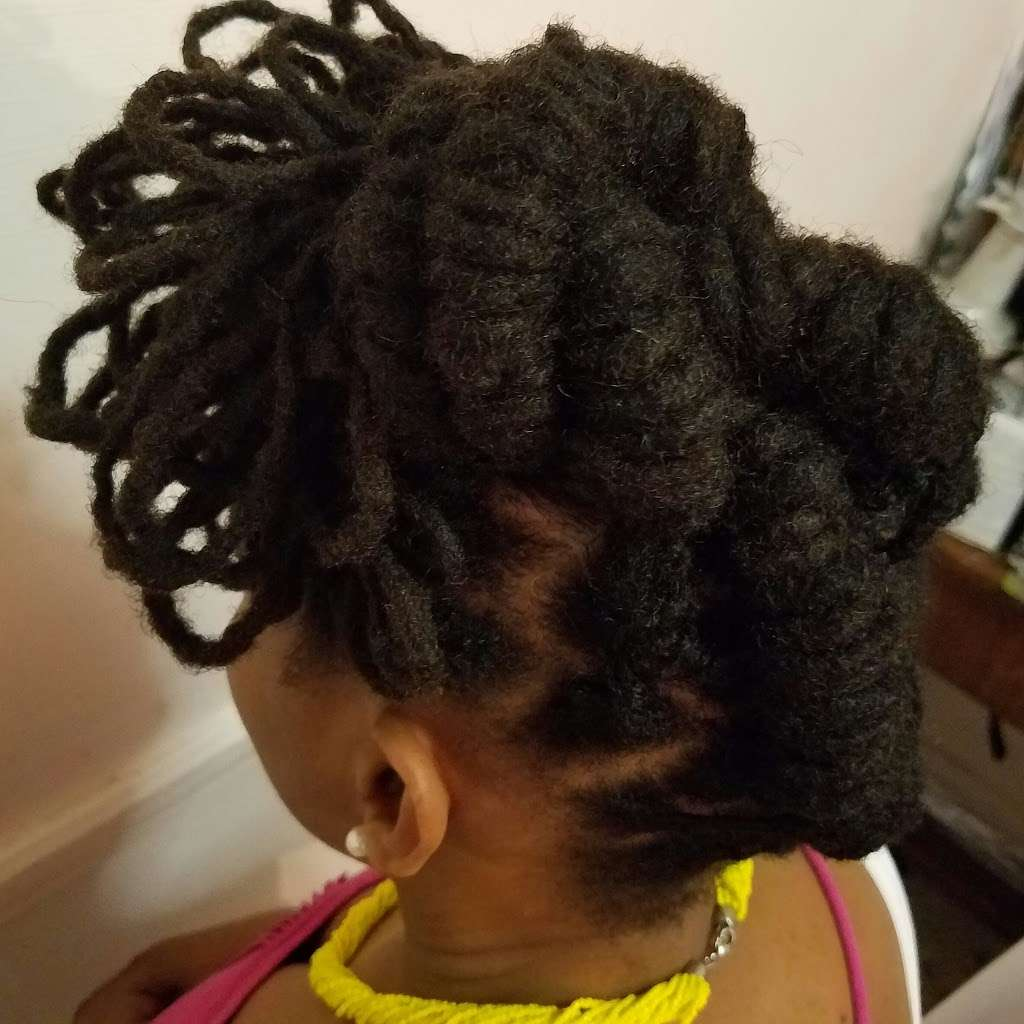 Brooklyn Crowns Hairstyles - hair care  | Photo 1 of 10 | Address: 588 Rogers Ave, Brooklyn, NY 11225, USA | Phone: (347) 988-9910