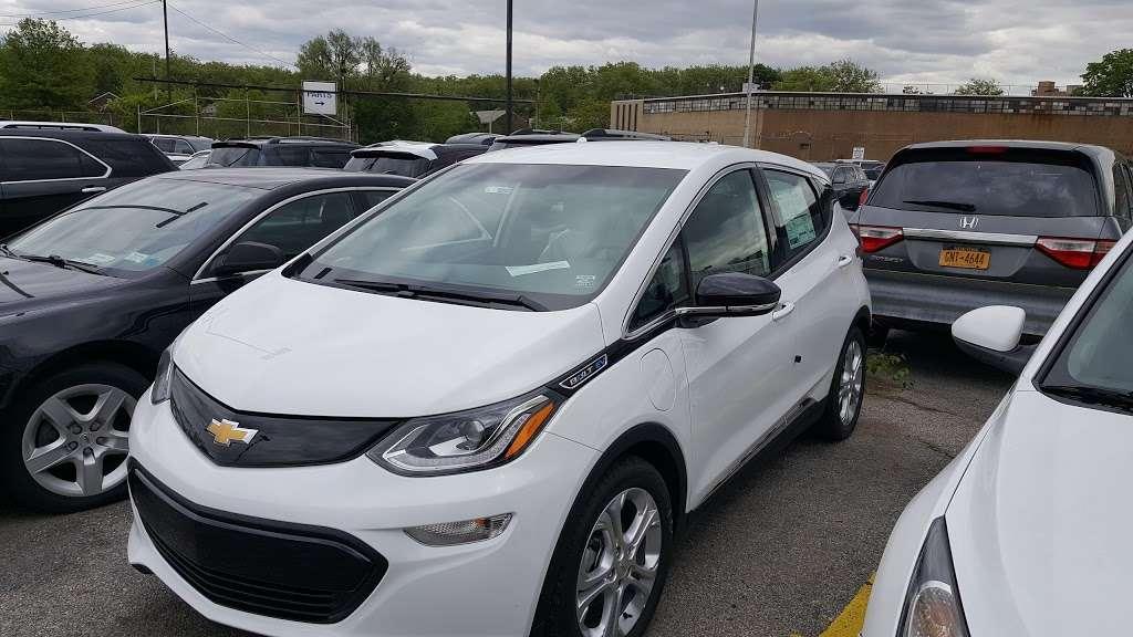 Major World Chevrolet Service - car repair  | Photo 6 of 10 | Address: 39-10 43rd St, Long Island City, NY 11101, USA | Phone: (718) 392-8605