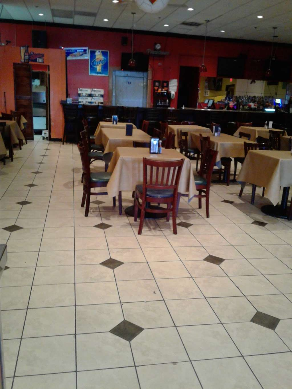 Galaxy Sports - restaurant  | Photo 9 of 10 | Address: 2031 University Blvd E, Lewisdale, MD 20782, USA | Phone: (301) 439-6666