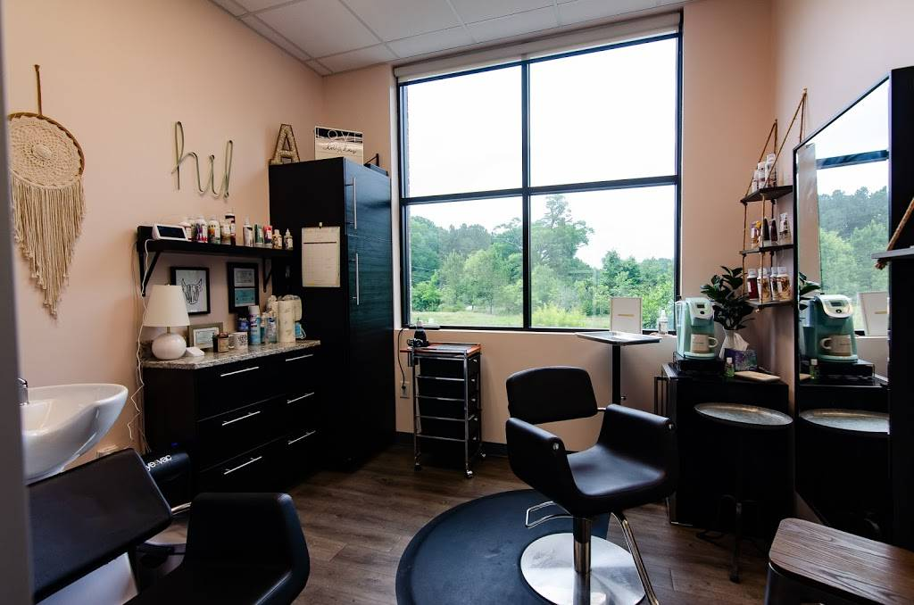 WanderLux Salon Suites - hair care  | Photo 4 of 9 | Address: 7104 NC-751 #104, Durham, NC 27707, USA | Phone: (919) 808-5094