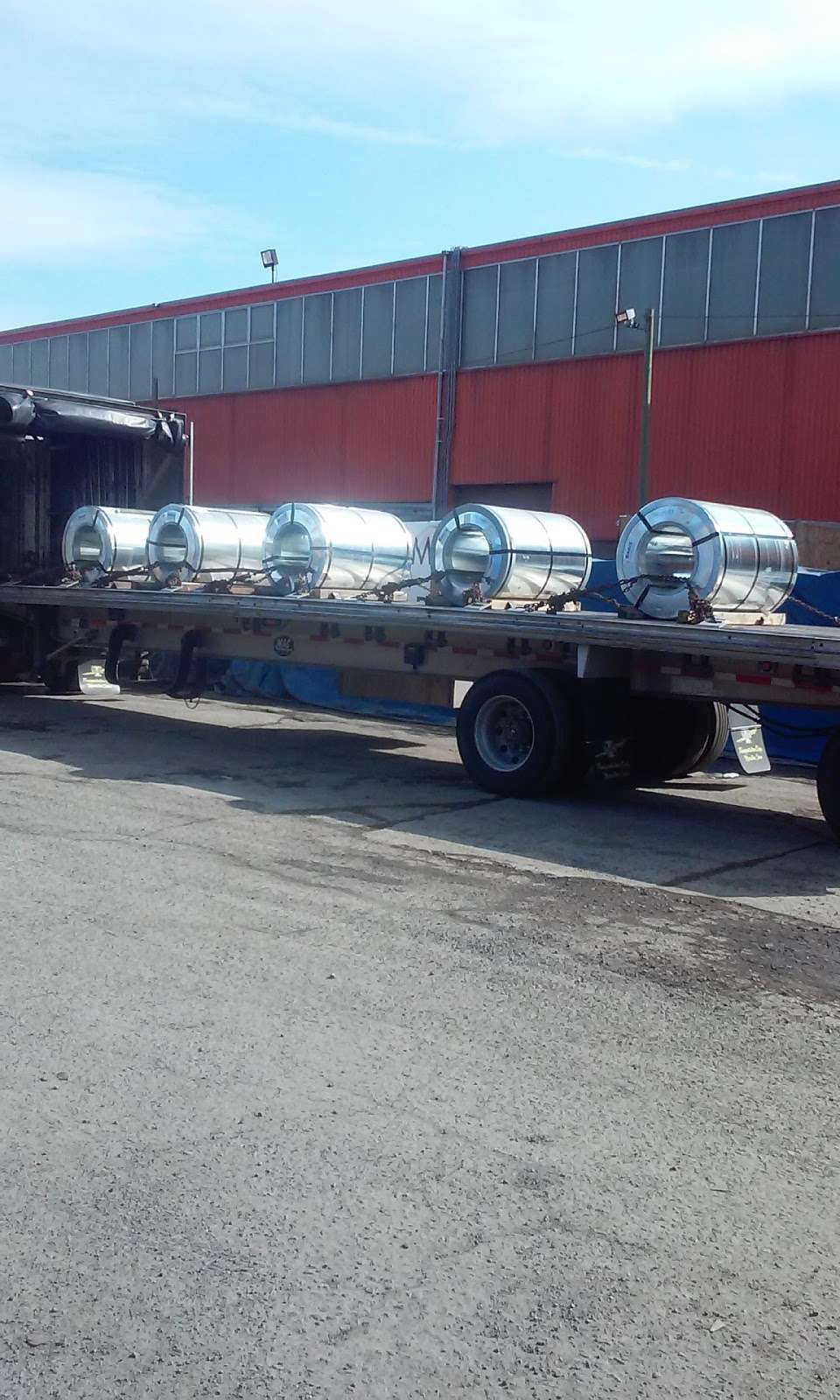 Harbor Freight Transport Corporation - moving company  | Photo 6 of 10 | Address: 301 Craneway St, Newark, NJ 07114, USA | Phone: (973) 589-6700