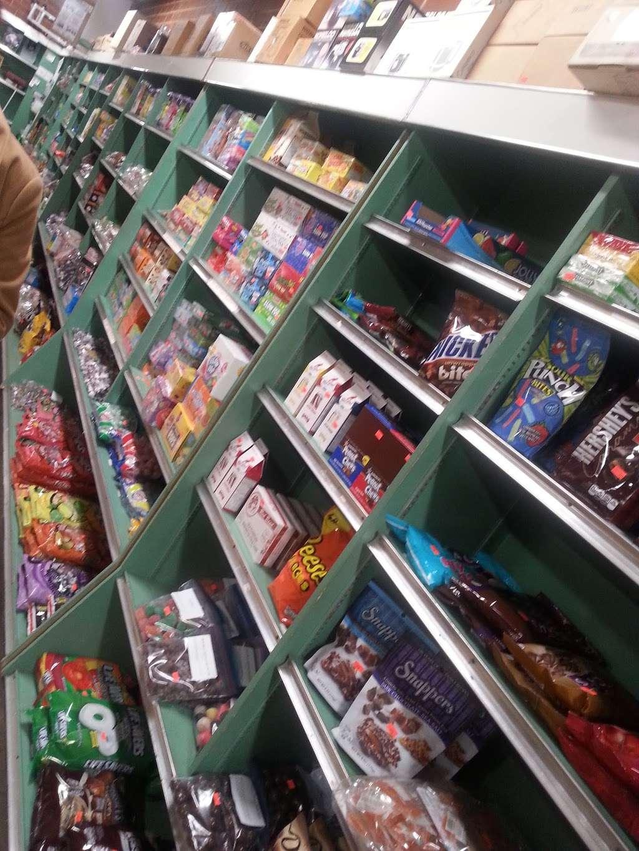 Fleming Candy Co - store  | Photo 2 of 2 | Address: 3680 S Main St, Salisbury, NC 28147, USA | Phone: (704) 633-4251