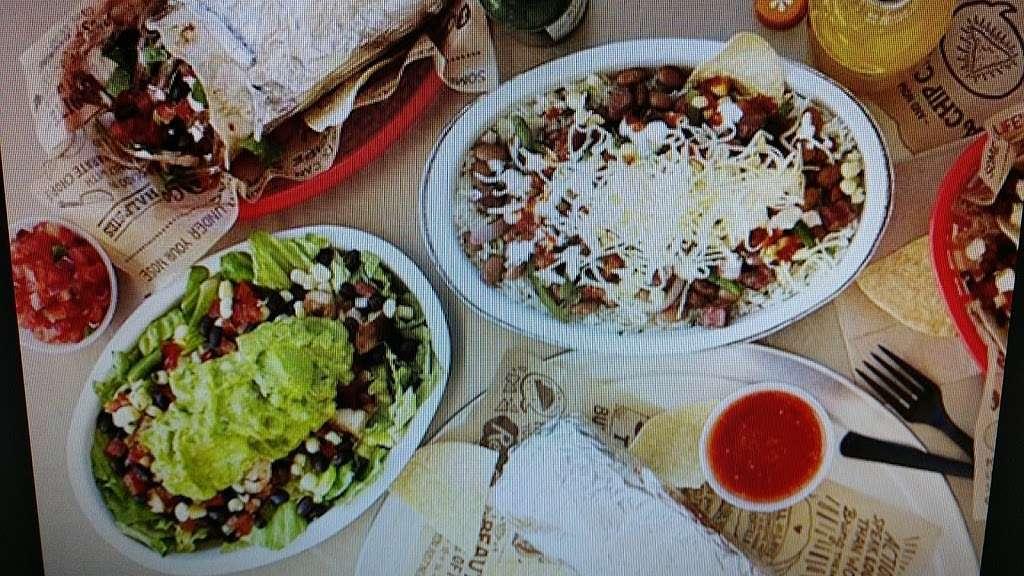 Thats A Wrap - meal takeaway  | Photo 5 of 10 | Address: 163-12 Cross Bay Blvd, Howard Beach, NY 11414, USA | Phone: (718) 322-9727