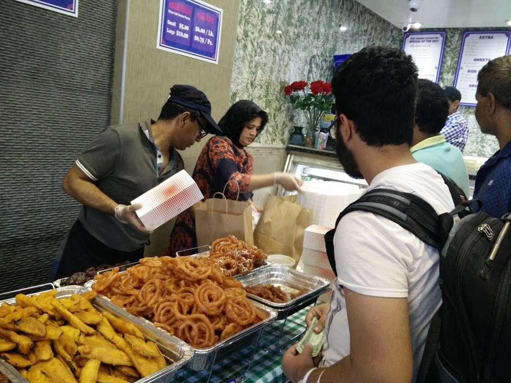 Aladdin Sweets - restaurant  | Photo 6 of 10 | Address: 29-06 36th Ave, Astoria, NY 11106, USA | Phone: (718) 784-2554