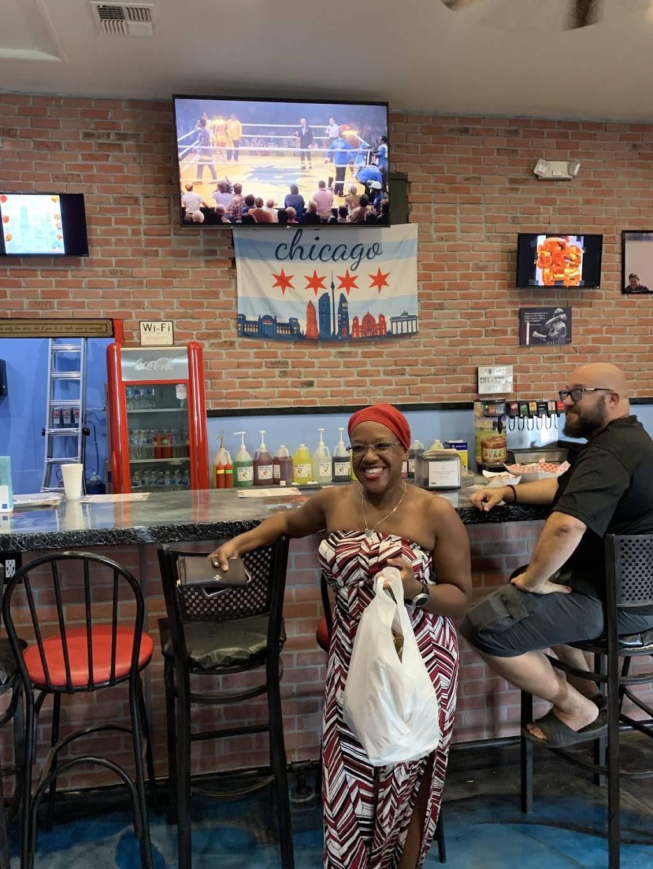Rwingz - restaurant  | Photo 4 of 10 | Address: 18914 E San Tan Blvd, Queen Creek, AZ 85142, USA | Phone: (480) 774-6910