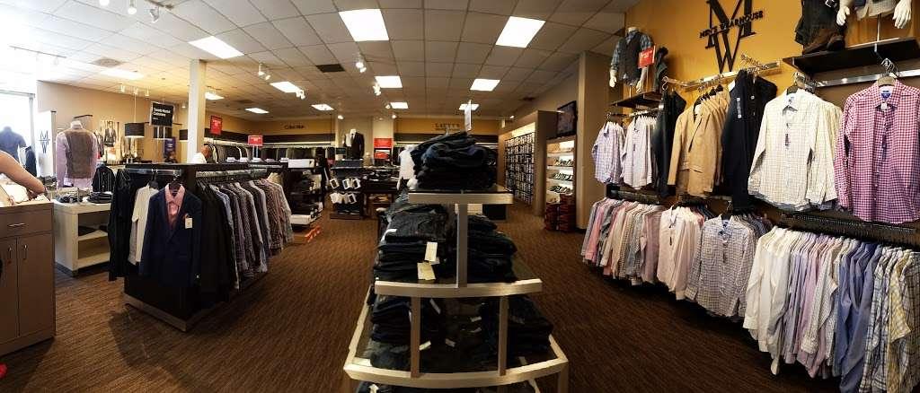 Mens Wearhouse - clothing store  | Photo 2 of 10 | Address: 18407 Hawthorne Blvd, Torrance, CA 90504, USA | Phone: (310) 370-9788