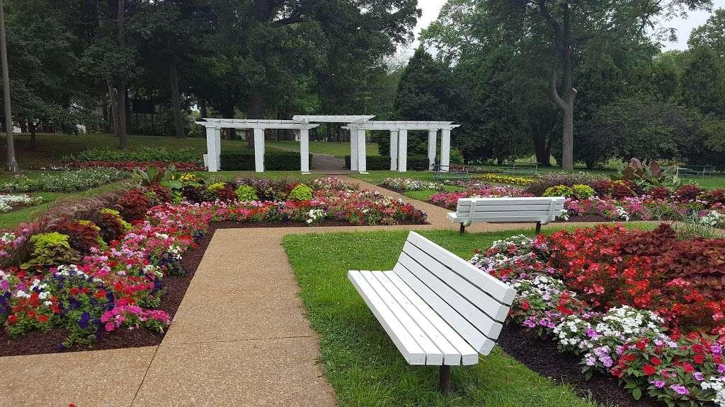 Lincoln Park - park    Photo 2 of 10   Address: 6900 18th Ave, Kenosha, WI 53143, USA   Phone: (262) 653-4080