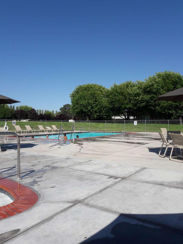 Rancho Verde - rv park  | Photo 6 of 8 | Address: 750 Rohnert Park Expy, Rohnert Park, CA 94928, USA | Phone: (707) 584-1563