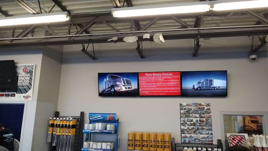 Campbell Supply Company of Port Newark - car repair  | Photo 8 of 10 | Address: 299 Roanoke Ave, Newark, NJ 07105, USA | Phone: (973) 589-2877