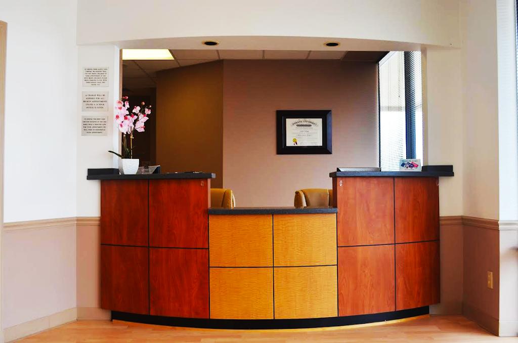 Urgent Dental Center & Family Dentistry - dentist  | Photo 1 of 10 | Address: 10409 E Washington St, Indianapolis, IN 46229, USA | Phone: (317) 399-5771