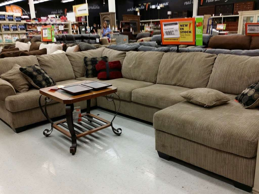 Big Lots - furniture store  | Photo 3 of 10 | Address: 725 N University Dr, Coral Springs, FL 33071, USA | Phone: (954) 757-8338
