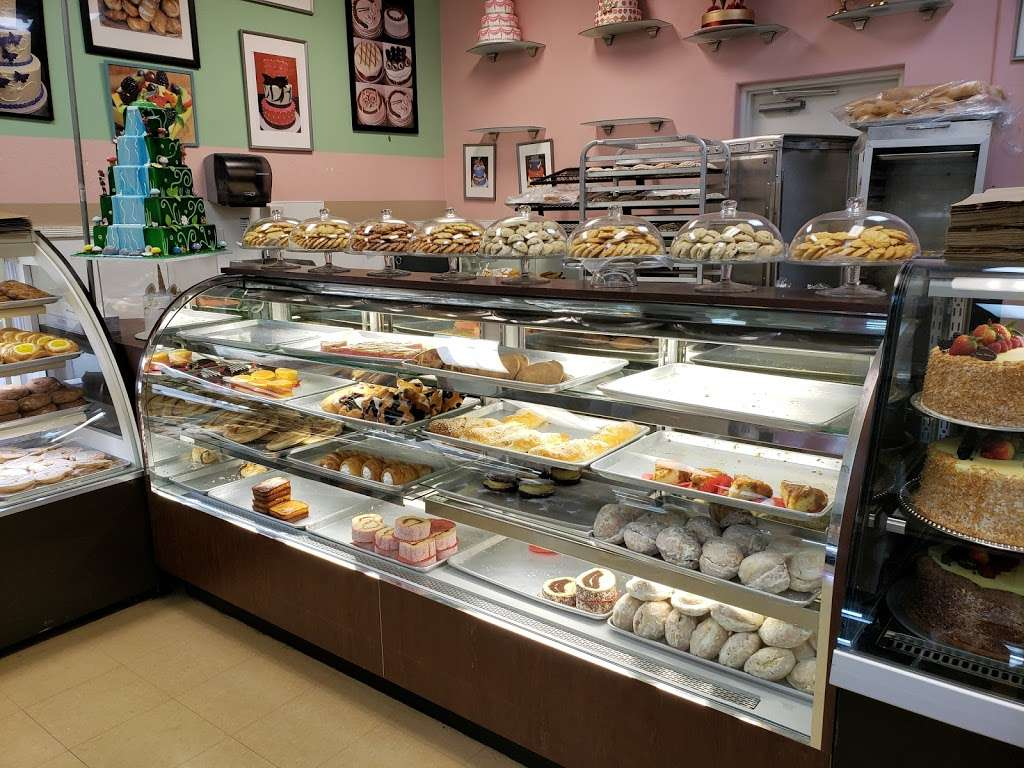 Vegas Bakery - bakery  | Photo 2 of 10 | Address: 2041 N Jones Blvd, Las Vegas, NV 89108, USA | Phone: (702) 685-0221