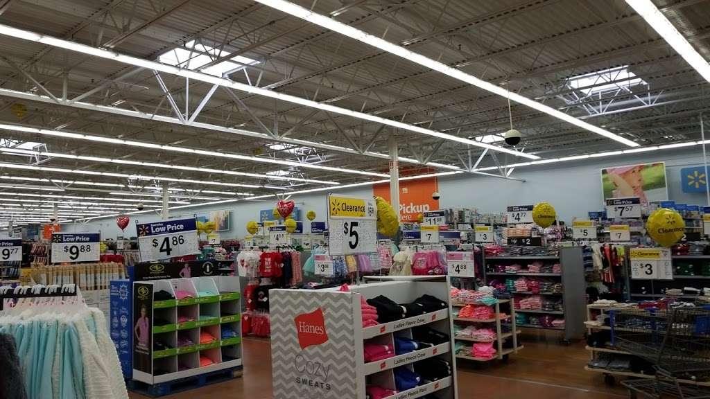 Walmart - supermarket  | Photo 7 of 10 | Address: 220 Enterprise Dr, Rockaway, NJ 07866, USA | Phone: (973) 361-6089