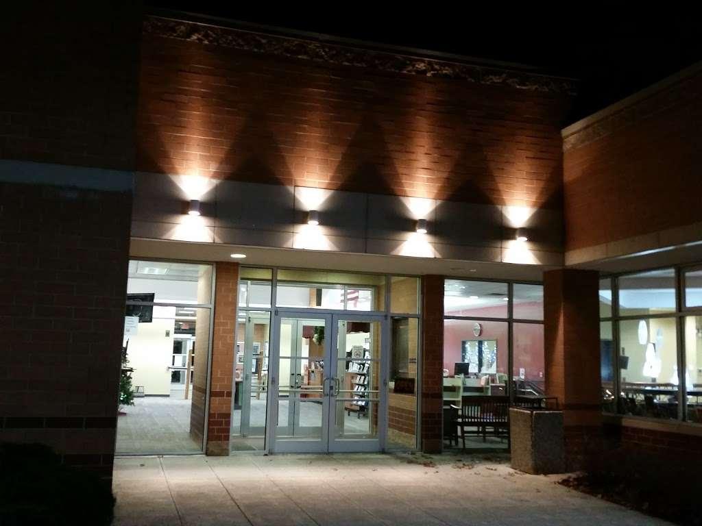 Mahwah Public Library - library  | Photo 6 of 8 | Address: 100 Ridge Rd, Mahwah, NJ 07430, USA | Phone: (201) 529-7323