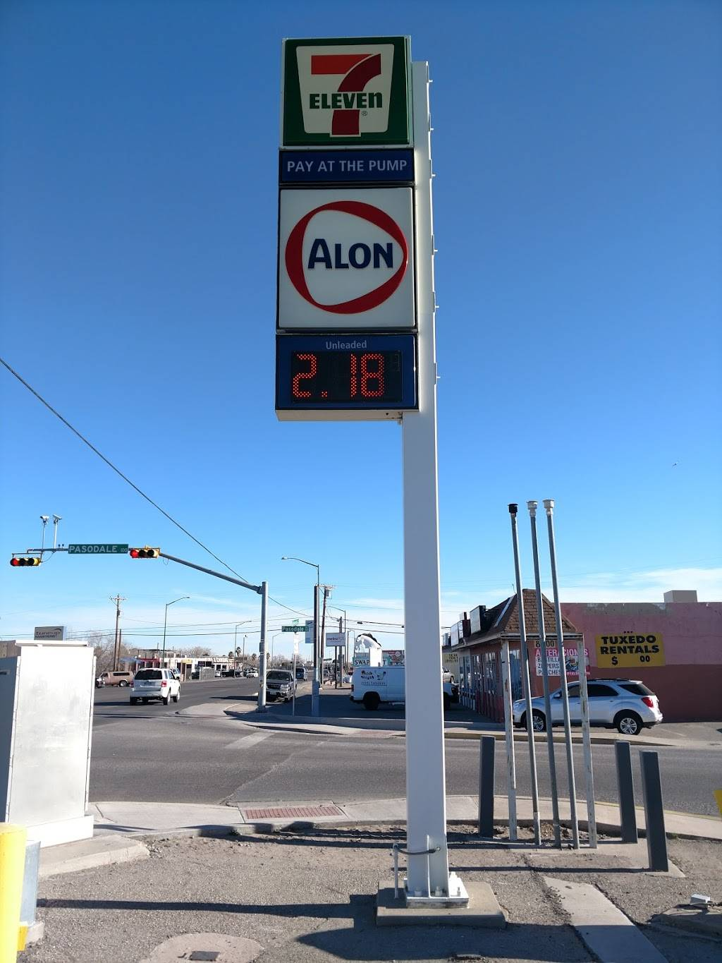 7-Eleven - gas station  | Photo 1 of 2 | Address: 8386 Alameda Ave, El Paso, TX 79907, USA | Phone: (915) 859-3932