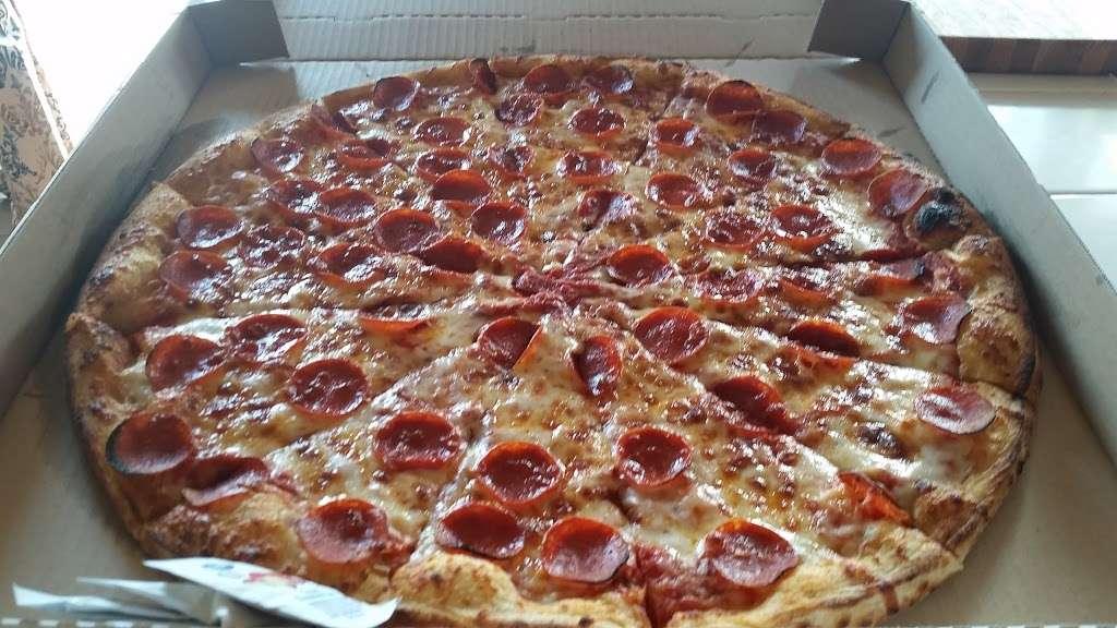 Romas Pizza - restaurant    Photo 2 of 10   Address: 617 N Redondo Dr # B, Oceanside, CA 92057, USA   Phone: (760) 757-2003
