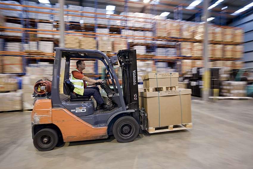 Forest Freight Ltd. - moving company    Photo 9 of 10   Address: Barlow Way South, Fairview Industrial Park, Rainham RM13 8UJ, UK   Phone: 01708 552222