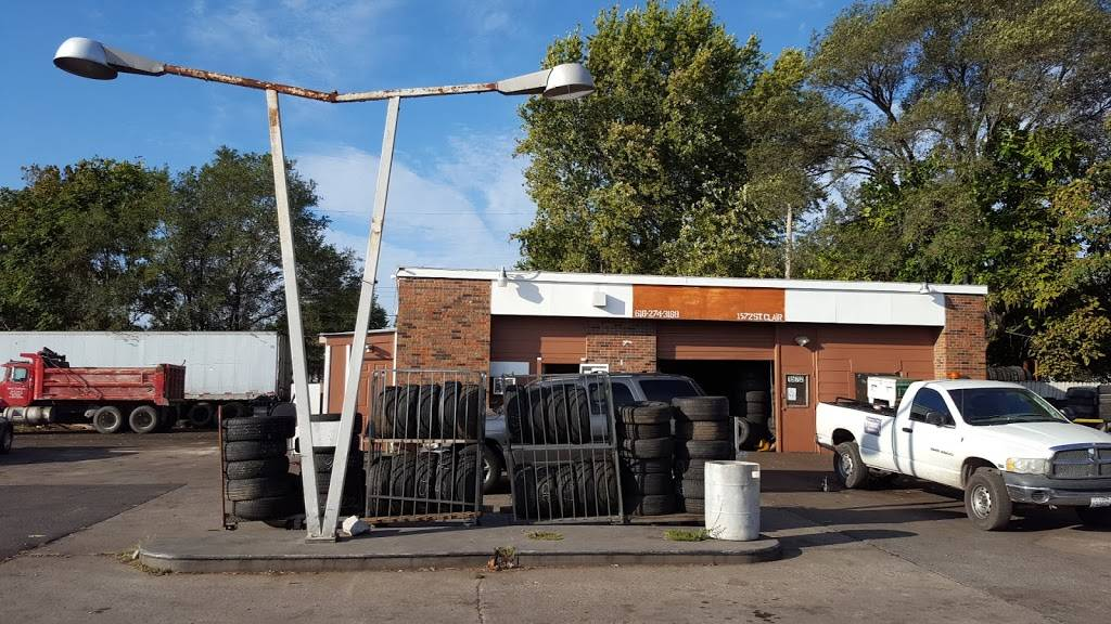 Charles Tire - car repair  | Photo 1 of 7 | Address: 1572 St Clair Ave, East St Louis, IL 62205, USA | Phone: (618) 274-3168