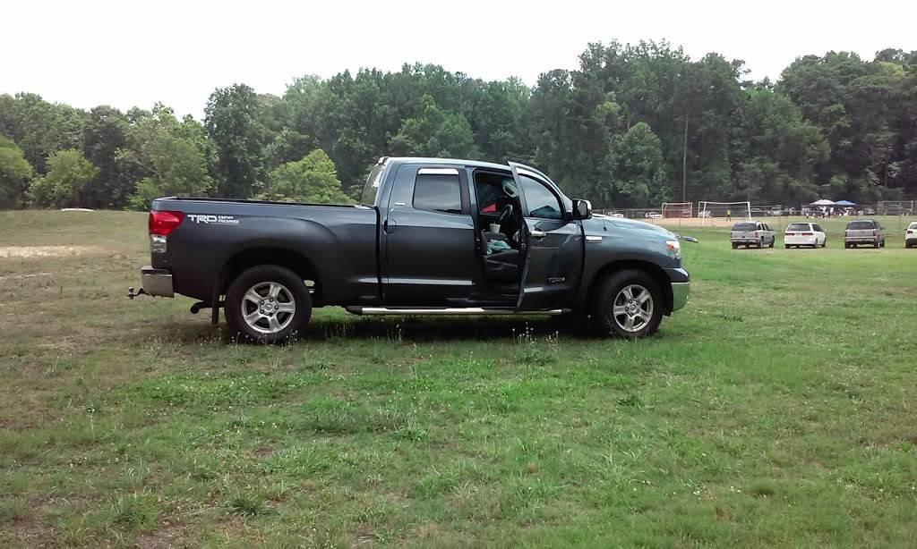 United Auto - car repair  | Photo 4 of 9 | Address: 25 Southside Industrial Pkwy, Atlanta, GA 30354, USA | Phone: (404) 363-4100