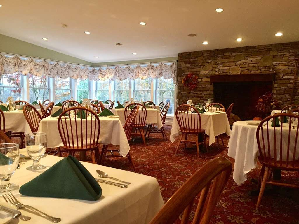 Rising Sun Inn - restaurant  | Photo 5 of 10 | Address: 898 Allentown Rd, Telford, PA 18969, USA | Phone: (215) 721-6350