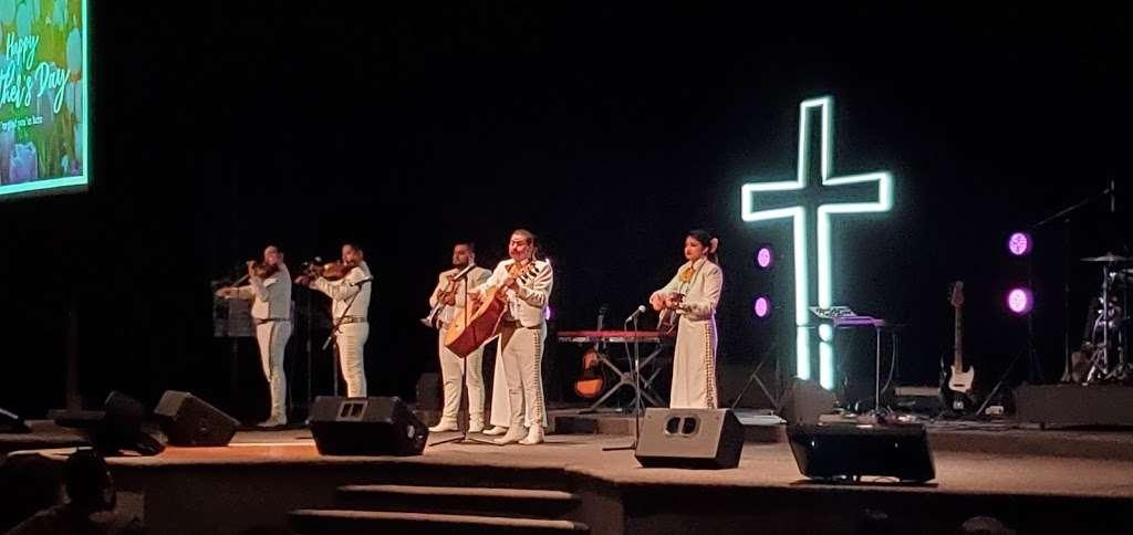Templo de Alabanza - church    Photo 7 of 9   Address: 4710 W Illinois Ave, Dallas, TX 75211, USA