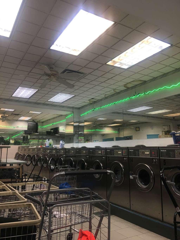 Li Jia Laundromat Inc - laundry  | Photo 6 of 10 | Address: 1890 Watson Ave, Bronx, NY 10472, USA | Phone: (718) 518-0993
