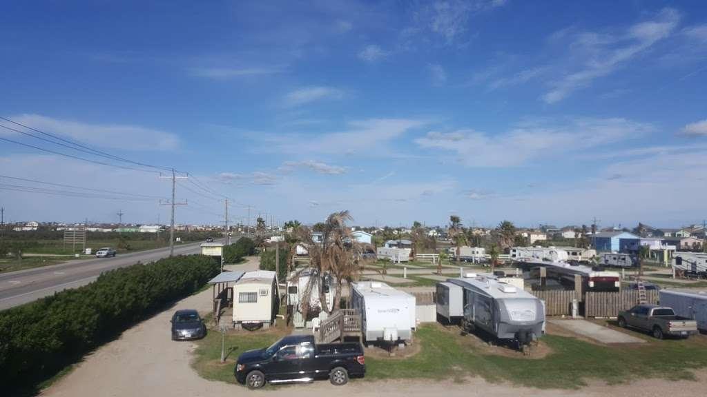 Beach Side RV Park - rv park  | Photo 3 of 10 | Address: 1280 State Hwy 87, Crystal Beach, TX 77650, USA | Phone: (409) 996-3288