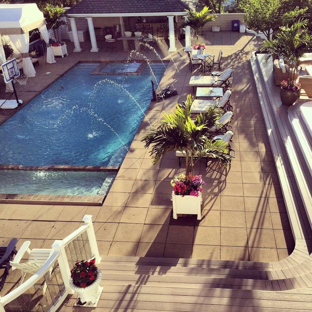 Resort 88 - lodging  | Photo 7 of 10 | Address: 88 Ocean Ave, Monmouth Beach, NJ 07750, USA