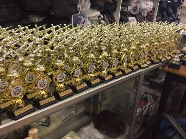 Cricket Zone Trophy World - store  | Photo 5 of 7 | Address: 1656 Castle Hill Ave, Bronx, NY 10462, USA | Phone: (718) 684-1140