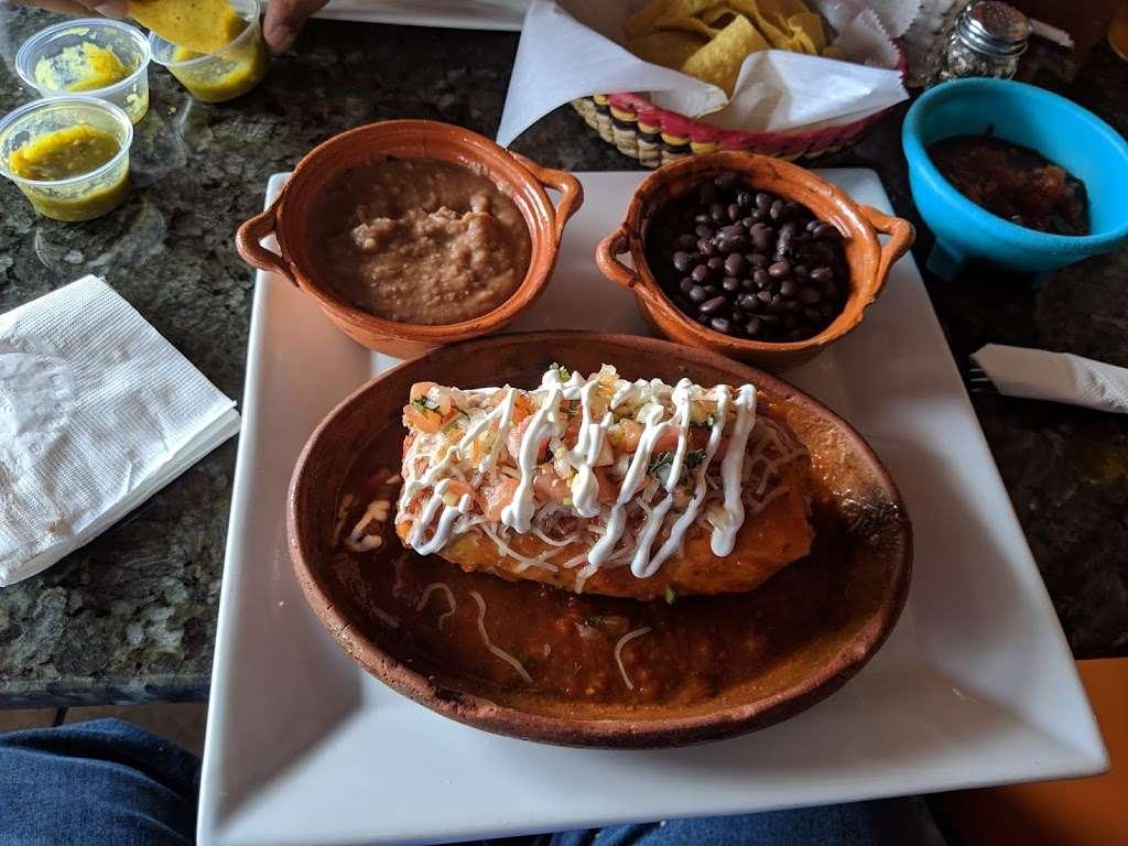 Mexico City Taqueria - restaurant  | Photo 2 of 10 | Address: 1 W Union St, Ashland, MA 01721, USA | Phone: (508) 881-3500