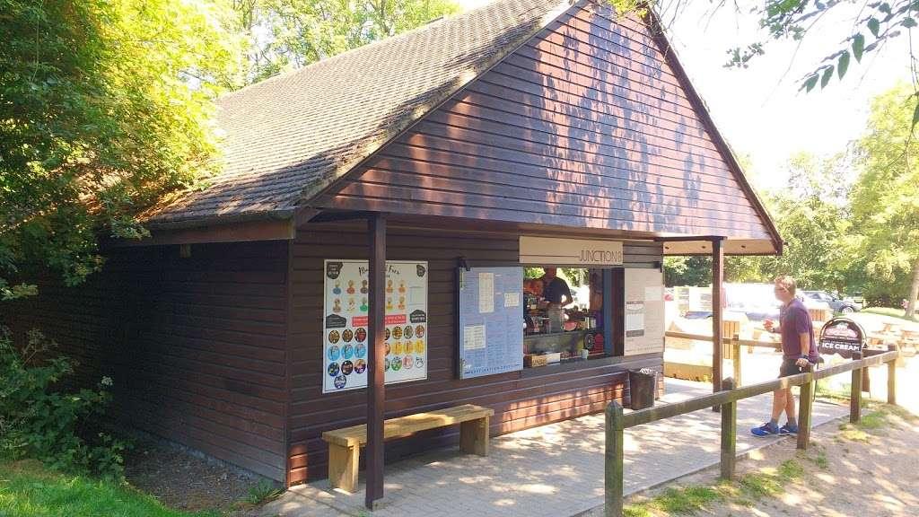 Reigate Hill Tea Room - cafe  | Photo 3 of 10 | Address: Car Park, Reigate Hill Park, Wray Ln, Reigate RH2 0HX, UK