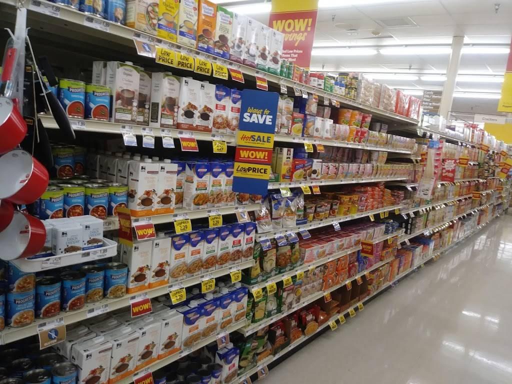 Food Lion - store  | Photo 5 of 8 | Address: 4826 Country Club Rd, Winston-Salem, NC 27104, USA | Phone: (336) 760-2471