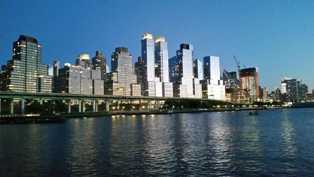 New York, Pier, Riverside Park - park  | Photo 10 of 10 | Address: New York, NY 10069, USA