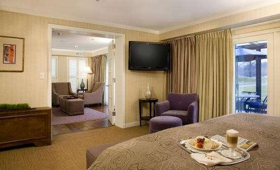 Doral Arrowwood Resort - lodging  | Photo 7 of 10 | Address: 975 Anderson Hill Rd, Rye Brook, NY 10573, USA | Phone: (844) 214-5500