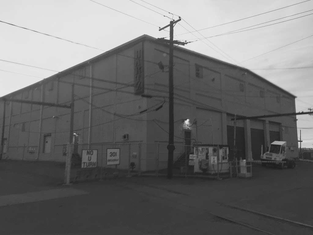 National Retail Systems - Distribution Warehouse - storage  | Photo 2 of 2 | Address: 301 Broadway, Jersey City, NJ 07306, USA | Phone: (917) 803-8101