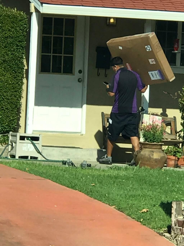 FedEx Ground - moving company  | Photo 3 of 8 | Address: 8200 Elder Creek Rd, Sacramento, CA 95824, USA | Phone: (800) 463-3339