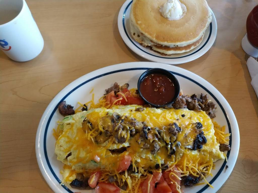 IHOP - restaurant  | Photo 10 of 10 | Address: 2050 N Bellflower Blvd, Long Beach, CA 90815, USA | Phone: (562) 799-4467