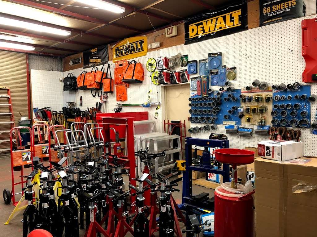 Tommy Tools - store  | Photo 4 of 10 | Address: 9006 Airport Blvd, Houston, TX 77061, USA | Phone: (713) 943-3527