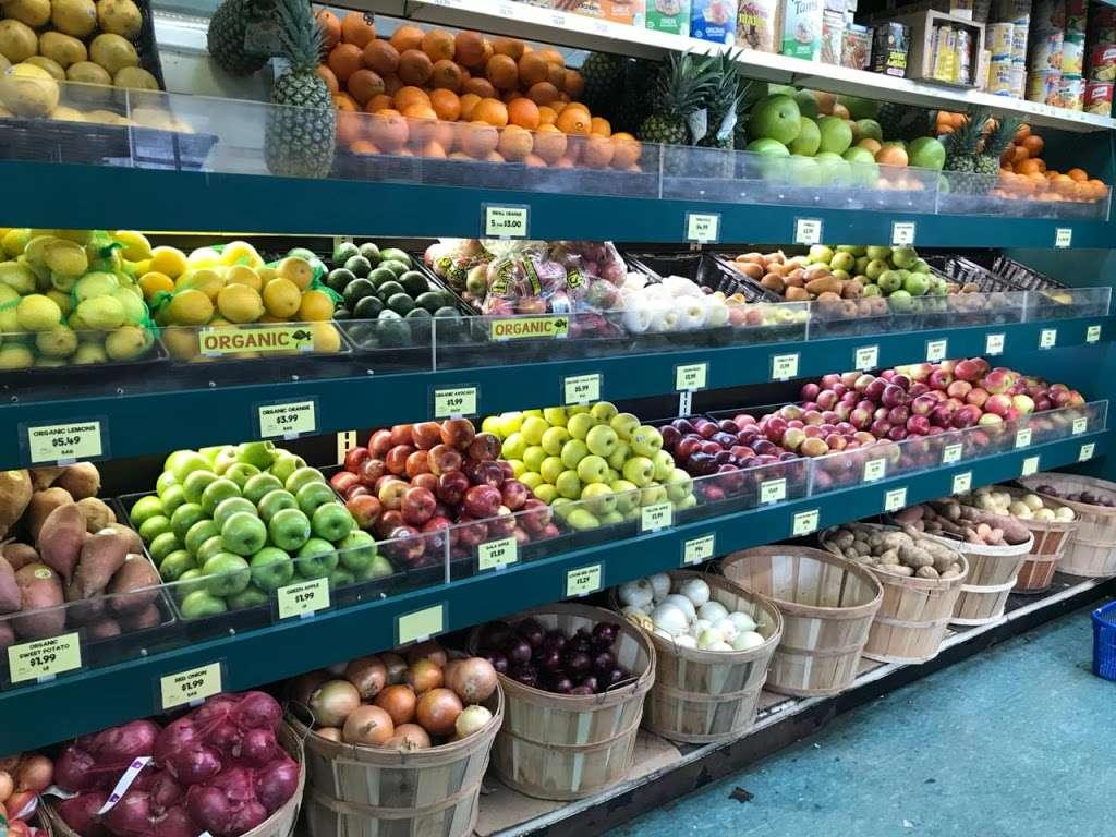 Raskins Fruit & Produce - store    Photo 8 of 10   Address: 335 Kingston Ave, Brooklyn, NY 11213, USA   Phone: (718) 756-3888