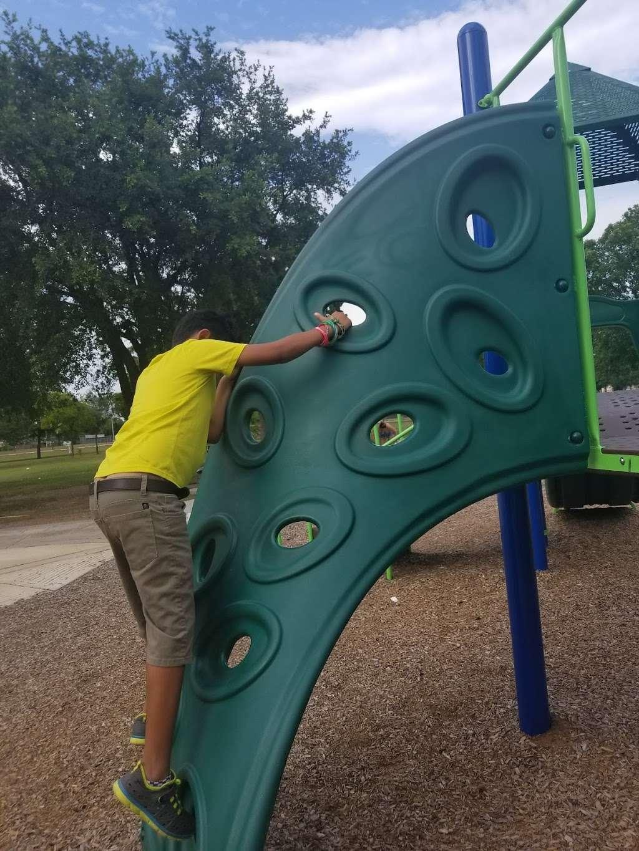 Agnes Moffitt Park - park  | Photo 3 of 10 | Address: 10645 Hammerly Blvd, Houston, TX 77043, USA | Phone: (832) 395-7000