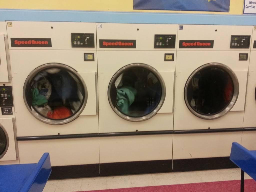 Tias Lavanderia - laundry    Photo 8 of 8   Address: 204 S Nursery Rd #160, Irving, TX 75060, USA   Phone: (972) 438-4338
