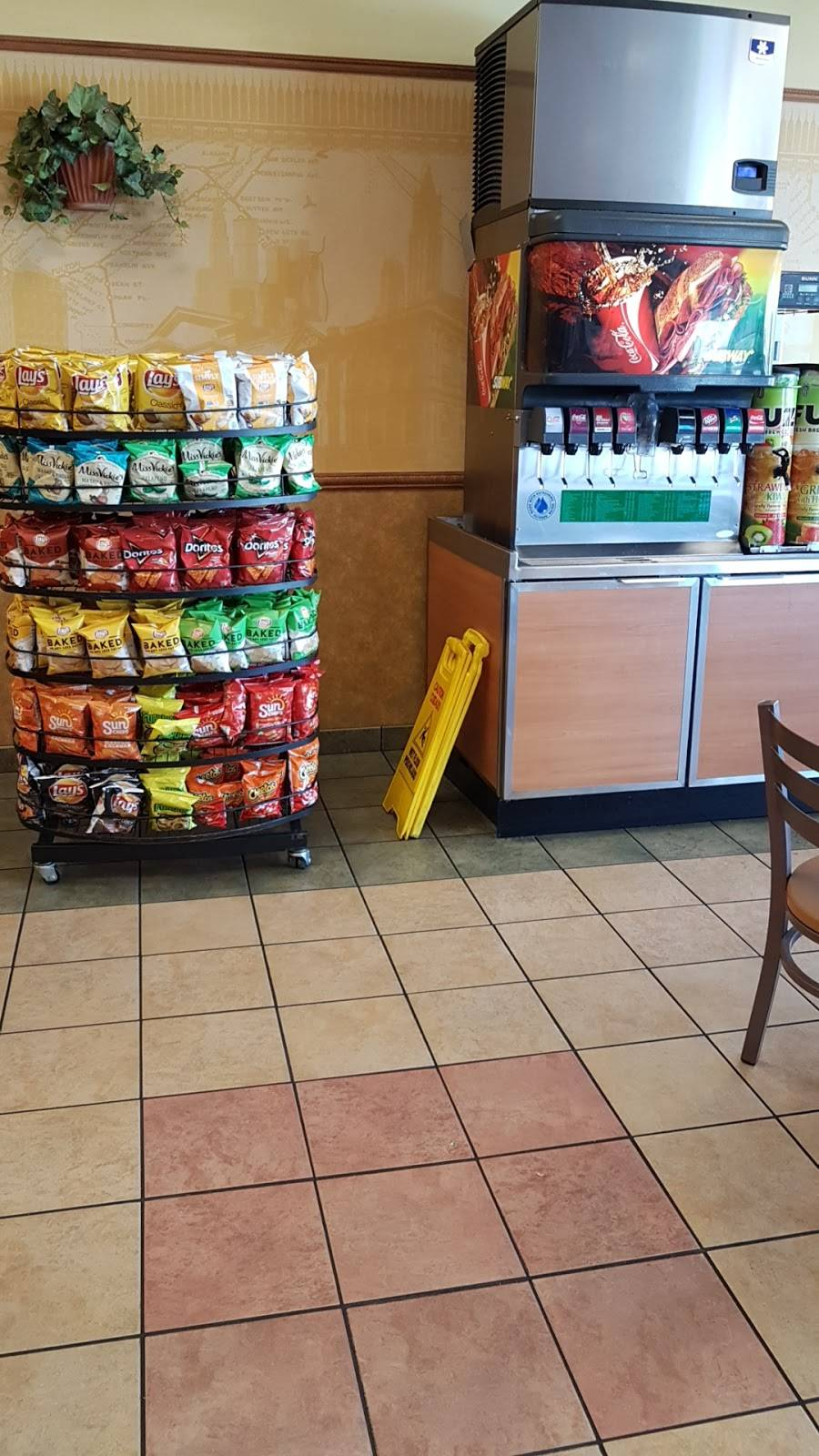 Subway - meal takeaway    Photo 2 of 6   Address: 6510 Paradise Blvd NW Unit C, Albuquerque, NM 87114, USA   Phone: (505) 898-9337