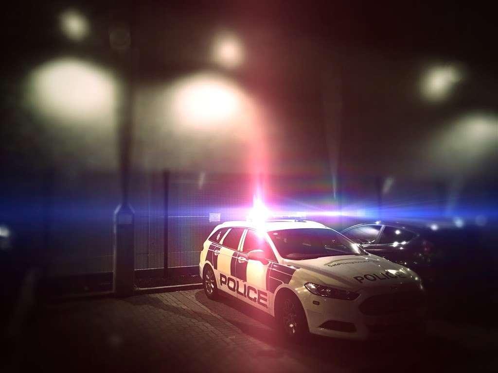 Fresh Wharf Custody Base - police  | Photo 7 of 10 | Address: Unit 24, Muirhead Quay, Quay Rd, Barking IG11 7BG, UK | Phone: 020 3276 1008