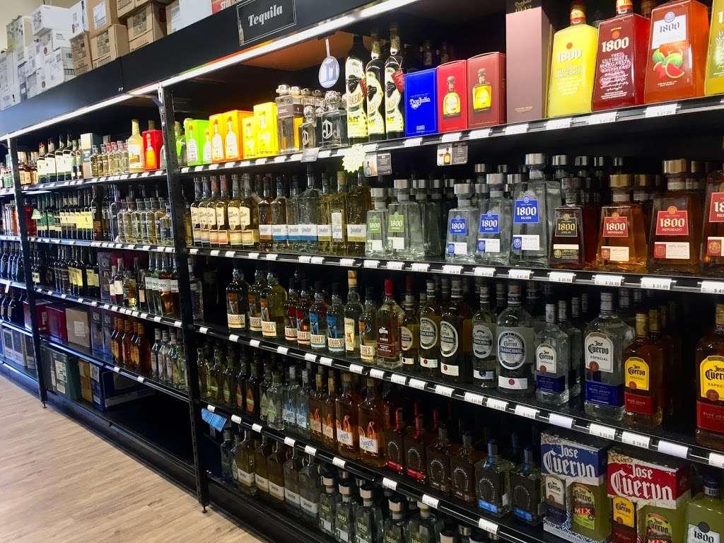 555 Discount Liquor - store    Photo 7 of 10   Address: 555 Tonnelle Ave, Jersey City, NJ 07307, USA   Phone: (201) 222-1349