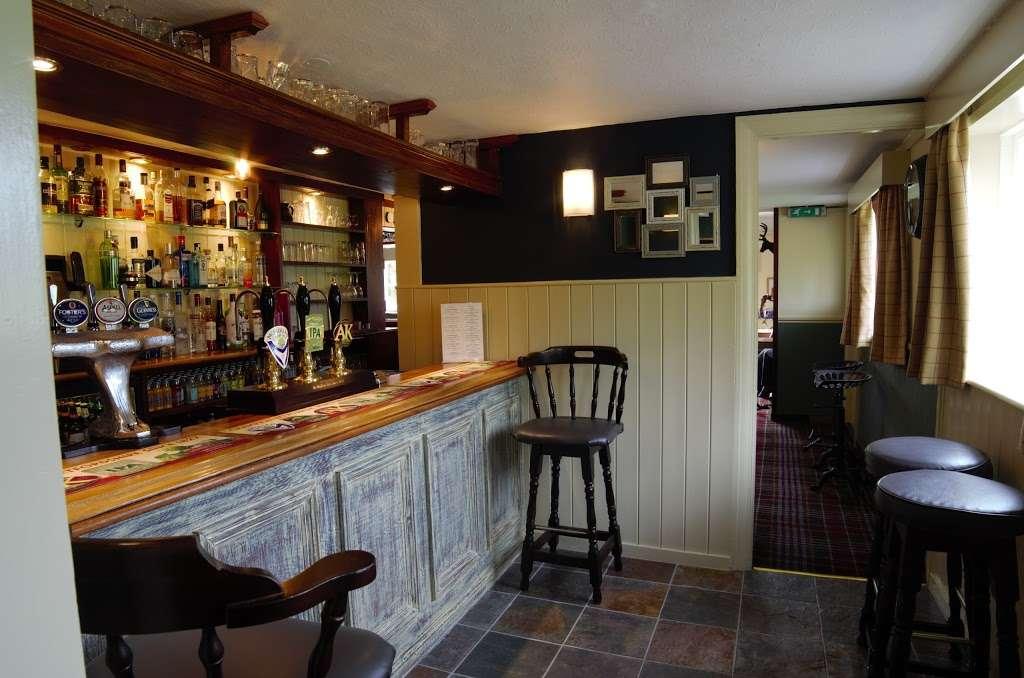 The Bright Star Pub - restaurant  | Photo 6 of 10 | Address: Kimpton Road, Peters Green, Luton LU2 9QP, UK | Phone: 01438 832351