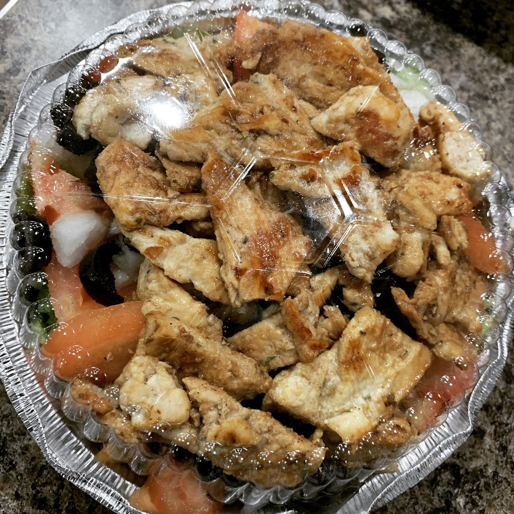 First Family Pizzeria - restaurant  | Photo 6 of 8 | Address: 1840 Nereid Ave, The Bronx, NY 10466, USA | Phone: (718) 798-5084