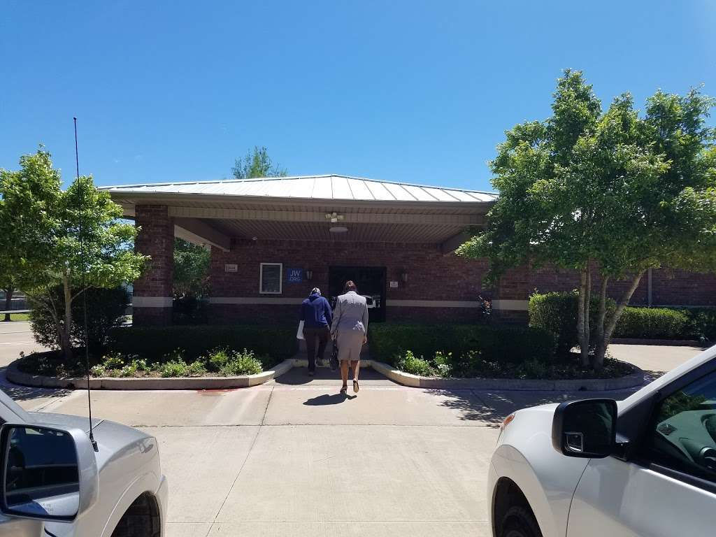 Kingdom Hall of Jehovahs Witnesses - church  | Photo 1 of 6 | Address: 1636 S Uhl Rd, Glenn Heights, TX 75154, USA | Phone: (972) 217-1914